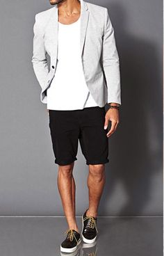 Porque blazer com bermuda super rola. Pra primaverar, um blazer mais light de lã fria ou de algodão ou linho ou um mix dos dois é uma melhor. Pode ser um d