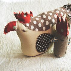 Learn how to make your own easter chick. Selvedge Magazine is an independent textile publication. Visit www.selvedge.org to subscribe to the magazine, enter a competition, read our daily blog, make a craft project or find textile workshops & events.