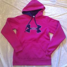 Under Armour Hoodie Small Sweatshirt Pullover Bright Pink Logo Womens