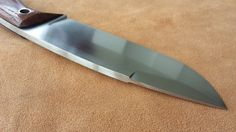 http://jdknifes.blogspot.com.es/2016/04/cuchillo-artesano-modelo-falcon-xxl.html