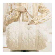 Découvrez notre sac week-end ou sac à langer Bio coton matelassé NOBODINOZ  l www 35649707d2c