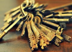 Repurposing Ideas: 5 New Uses For Keys Like Key Rack; Key Jewelry; Memory Frame; Windchimes & Accent Decorations