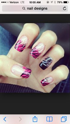 Girls love painting their nails with cute snowman nail art designs. Nail Art Design Gallery, Cute Nail Art Designs, Nail Polish Designs, Nails Design, Art Gallery, Awesome Designs, Fancy Nail Art, Fancy Nails, Pretty Nails