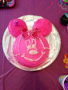 DIY Minnie Mouse cake.