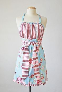 Pretty Ditty Apron pattern - Reversible, Non-reversible, 3 Adult sizes, and 3 child sizes. $12.50, via Etsy.