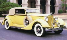 1934 PACKARD V12 VICTORIA