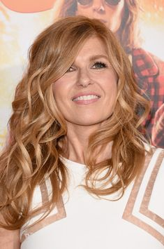 Connie Britton Long Curls - Connie Britton Hair Looks - StyleBistro. I like the coloring and just how natural her curls look! Long Hair Wedding Styles, Wedding Hairstyles For Long Hair, Braids For Long Hair, Medium Hair Styles, Curly Hair Styles, Connie Britton, Strawberry Blonde Hair Color, Long Curls, Queen Hair