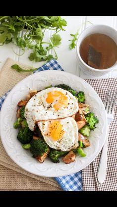 Eggs, chicken, and broccoli