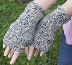 Spatterdash Fingerless Mitts free knitting pattern with fan lace and buttons