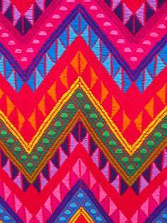 Amazing weave design, filled with such bold and beautiful colors.