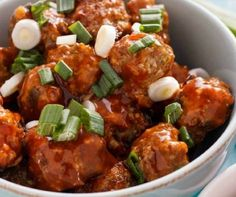 Recette : Boulettes de porc général Tao. Meatball Recipes, Pork Recipes, Asian Recipes, Healthy Recipes, Ethnic Recipes, Ricotta, Pork Meatballs, Canadian Food, Batch Cooking