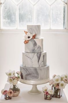 MODERN COPPER wedding marble frosting cake we would say wow!