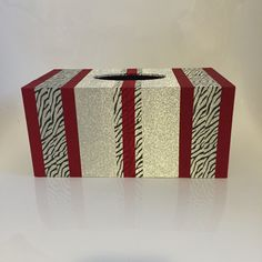Washi tape covered tissue box holder #washitape #homedecorating  www.caroprettythings.com Caro's Pretty Things | My papercraft blog