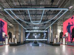 Adidas открыл в Нью-Йорке самый большой магазин в мире площадью 45 000  квадратных футов 99266ef4e51