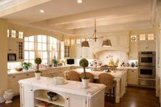 Traditional Home Decorating Styles Design Ideas, Pictures, Remodel and Decor