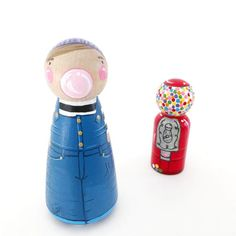 CUSTOM peg doll w/bubble + gumball machine // custom 3 peg doll & 2 bubblegum machine // wooden toys // peg dolls // personalized Wood Peg Dolls, Clothespin Dolls, Pretty Pegs, Fiesta Baby Shower, Clothes Pegs, Gumball Machine, Wooden Pegs, Custom Cake Toppers, Little Doll
