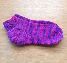Ravelry: Travel Socks pattern by Diane Lyles