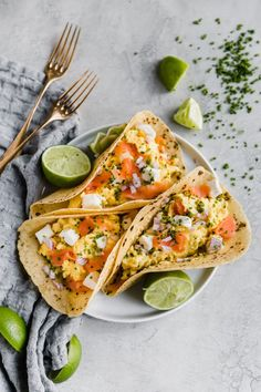 Brunch Recipes, Seafood Recipes, Mexican Food Recipes, Breakfast Recipes, Healthy Recipes, Savory Breakfast, Salmon Recipes, Breakfast Ideas, Smoked Salmon Breakfast