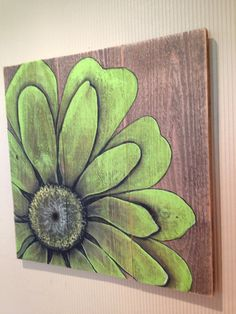 Green flower painted in acrylics on barn board art diy art easy art ideas art painted art projects Pallet Painting, Tole Painting, Painting On Wood, Wood Paintings, Flower Paintings, Painting Flowers, Art Flowers, Arte Pallet, Pallet Art