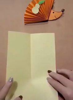 Best 11 Amazing Paper Crafts Ideas 2019 The post Amazing Paper Crafts Ideas 2019 appeared first on Paper ideas. Paper Crafts For Kids, Diy Arts And Crafts, Creative Crafts, Diy For Kids, Fun Crafts, Amazing Crafts, Easy Fall Crafts, Origami Paper, Craft Work