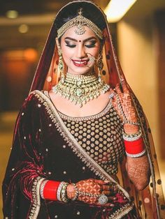 Hire the Best Makeup Artist in Delhi, Meenakshi Dutt. Offering Pre-bridal, Reception, Party, Sagan & Engagement makeup services in Delhi. Indian Bridal Outfits, Indian Bridal Fashion, Indian Bridal Makeup, Wedding Makeup, Bridal Hair, Bridal Chura, Wedding Chura, Wedding Reception, Wedding Ideas