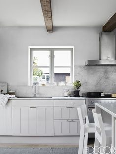 Call it the Joanna Gaines effect, but modern and rustic farmhouse kitchens (like you'd see on HGTV's Fixer Upper) are all over Pinterest these days, while Mediterranean-inspired Italian kitchens are a thing of the past.