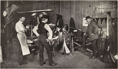 Theo Wangemann at Edison Laboratory 1905 - Adelbert Theodor Wangemann - Wikipedia Sound Art, Recording Studio, Gentleman Style, Steampunk, Concert, Music, Photography, Gears, Icons