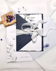 Simple white and blue wedding stationery with torn edges, silk ribbon, wax seal and minimal watercolor leaf design. Blue Wedding Stationery, Wedding Invitations, Watercolor Leaves, Watercolor Paintings, Luxury Wedding, Boho Wedding, Nordic Wedding, Blue Envelopes, Wax Seals