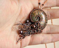 Keeper of Black Pearls by Bodza on DeviantArt Wire Pendant, Wire Wrapped Pendant, Wire Wrapped Jewelry, Seashell Jewelry, Copper Jewelry, Wire Crafts, Jewelry Crafts, Bijoux Fil Aluminium, Wire Jewelry Making