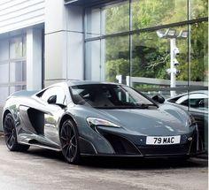 3404a92317c McLaren 675LT um superesportivo mais leve e mais rápido com preço de 1