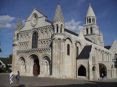 20 Notre Dame La Grande Poitiers Ideas Notre Dame Dame Romanesque Architecture