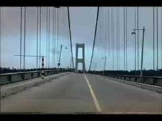 """Estructuras nunca fue mi asignatura favorita pero este fenómeno se me quedó grabado a fuego. Tacoma Narrows Bridge Collapse """"Gallopin' Gertie"""" - YouTube Aquí su explicación: http://naukas.com/2012/03/26/la-resonancia-bien-entendida-el-puente-de-tacoma-narrows/"""
