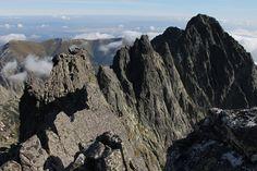 Hrebeňové túry vo Vysokých Tatrách a Alpách. Vaším partnerom bude medzinárodný horský vodca Michal Gerčák. Vyberte si z tých najkrajších túr v Tatrách.