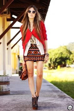 FashionCoolture - 06.04.2013 look du jour Chicwish ethnic blazer red Kafé outfit fashion blogger (8)