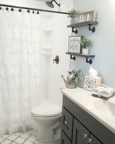 Farmhouse bathroom by @blessed_ranch. Farmhouse decor.
