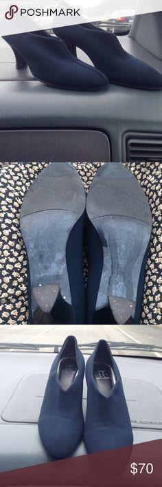Selling this Navy blue heels on Poshmark! My username is: lachick1. #shopmycloset #poshmark #fashion #shopping #style #forsale #thierry rabotin #Shoes