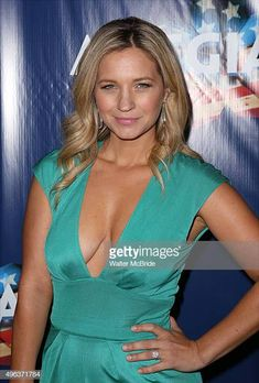 Vanessa Ray attends the Broadway Opening Night Performance of 'Allegiance' at the Longacre Theatre on November 8 2015 in New York City Female Celebrity Crush, Hottest Female Celebrities, Famous Celebrities, Celebs, Vanessa Ray Blue Bloods, Julie Driscoll, Taylor Swift Hot, Black Actors, Female Actresses