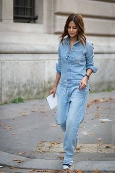 Christine Centenera of Vogue Australia wearing Off-white denim boiler suit before Chloé fashion show. Shop this look (or similar) here: Jumpsuit: MIH JEANS The Arconaut cotton-chambray jumpsuit Sho… Street Style, Street Chic, Street Wear, Chloe Fashion, Denim Fashion, Net Fashion, Street Fashion, Christine Centenera, Modest Summer Fashion