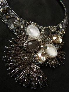 Gray Bead Embroidery necklace Black Diamond  di ElenaGioielli, €220,00