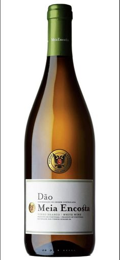 10 bons vins pour la saison estivale Wine, Portugal, Drinks, Bottle, White Wine, Wine Pairings, Drink, Drinking, Beverages