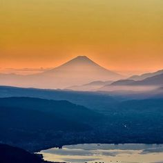 【discoveryourglobe】さんのInstagramをピンしています。 《Nagano, Japan Follow if you love nature! #nagano #japan #長野 #snow #日本 #hakuba #長野県 #snowboard #軽井沢 #snowboarding #ski #winter #travel #雪 #matsumoto #松本 #mountain #nippon #善光寺 #nature #sky #cool #信州 #karuizawa #japon #松本城 #桜 #ディナー #国宝 #trip》