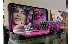 Covergirl End Cap Display Drops the Bombshell