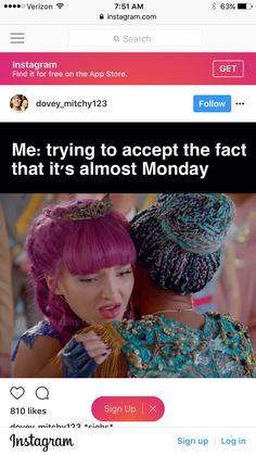 Disney Channel Descendants, Disney Descendants 3, Funny Disney Jokes, Disney Memes, Frozen Memes, Old Disney Channel, Harry Potter Disney, Supernatural Actors, Decendants