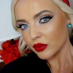 #ShareIG Today's Makeup  @anastasiabeverlyhills lip gloss in socialite