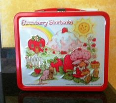 I had this lunch box in 1st grade!