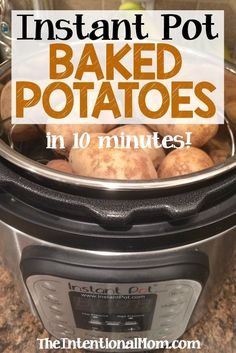 Instant Pot Baked Potatoes in 10 Minutes! The Instant Pot is the answer for frugal, money saving moms who need fast home cooked meals. These baked potatoes are moist, delicious Power Pressure Cooker, Instant Pot Pressure Cooker, Pressure Cooker Recipes, Pressure Cooking, Pressure Pot, Pressure Cooker Potatoes, Instant Cooker, Cooking Tips, Cooking Recipes