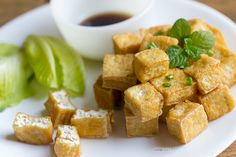 A basic method for handling tofu; deep fried tofu can be used in many recipes, both vegan and not, or served immediately as crispy delicious appetizer Onion Recipes, Tofu Recipes, Vegetarian Recipes, Cooking Recipes, Recipies, Tofu Dishes, Vegan Main Dishes, Deep Fried Tofu, Hoisin Sauce