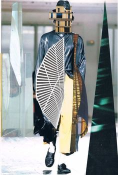 Catherine Raben Davidsen: Yohji Yamamoto Menswear S/S 2014 @ Paris Fashion Week Fashion Collage, Fashion Art, High Fashion, Fashion Design, Yohji Yamamoto, Conceptual Fashion, Conceptual Design, Rabe, Runway Fashion