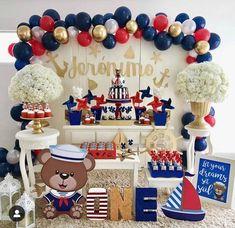 Lindíssima festa com o tema Ursinho Marinheiro! Sailor Birthday, Boy First Birthday, Boy Birthday Parties, Sailor Party, Baby Shower Themes, Baby Boy Shower, Baby Shower Decorations, Shower Ideas, Balloon Garland
