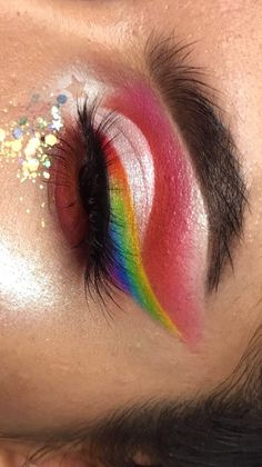 All the colors of the rainbow 😍🌈 Cool Makeup Looks, Pretty Makeup, Love Makeup, Makeup Inspo, Makeup Inspiration, Crazy Makeup, Unicorn Makeup, Kiss Makeup, Makeup Art